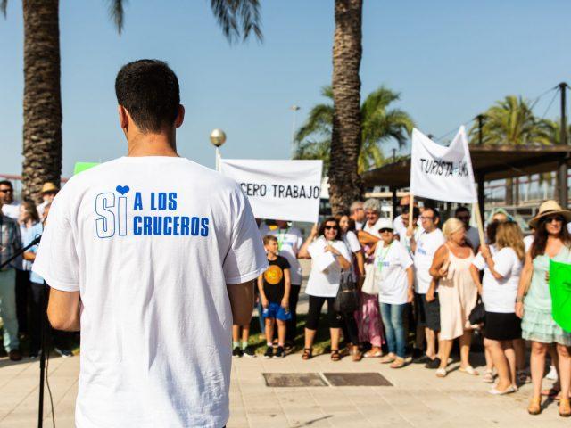 Manifiesto a favor de los cruceros en Palma de Mallorca